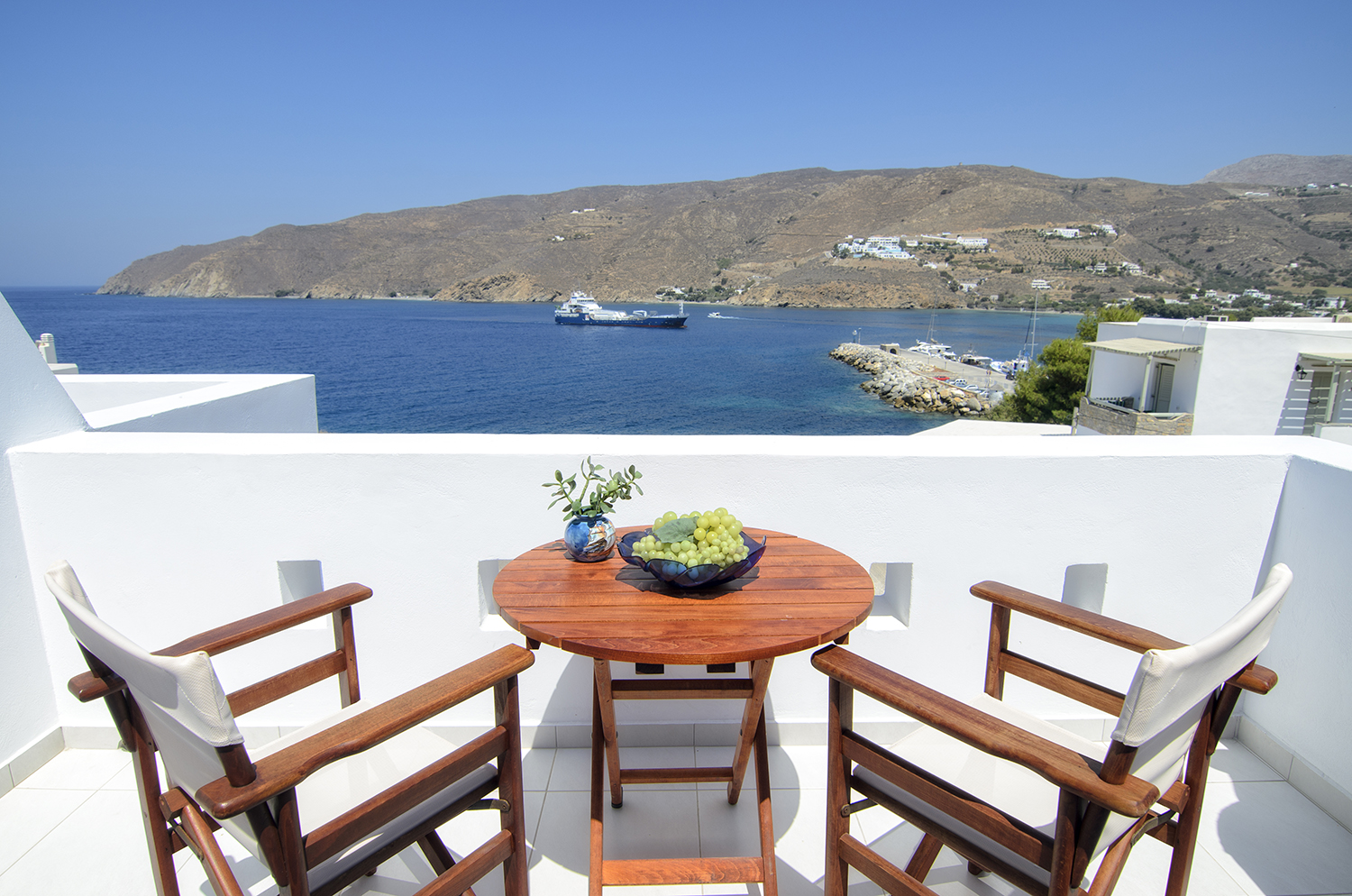 Location Hotel Agnadi on Amorgos